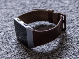 Fitbit Ionic Stock Photo techloto