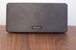 Sonos Play 3 Black on a Wooden Desk